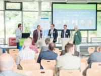 Bernd Sassenhof, Wolfgang Bosbach (MdB), Dr. Michael Metten (METTEN Stein+Design GmbH), Jochen Müller (Deutsche Rentenversicherung Rheinland) und Reimund Smollen (Deutscher Gewerkschaftsbund-Netzwerk Rheinisch-Bergischer Kreis)